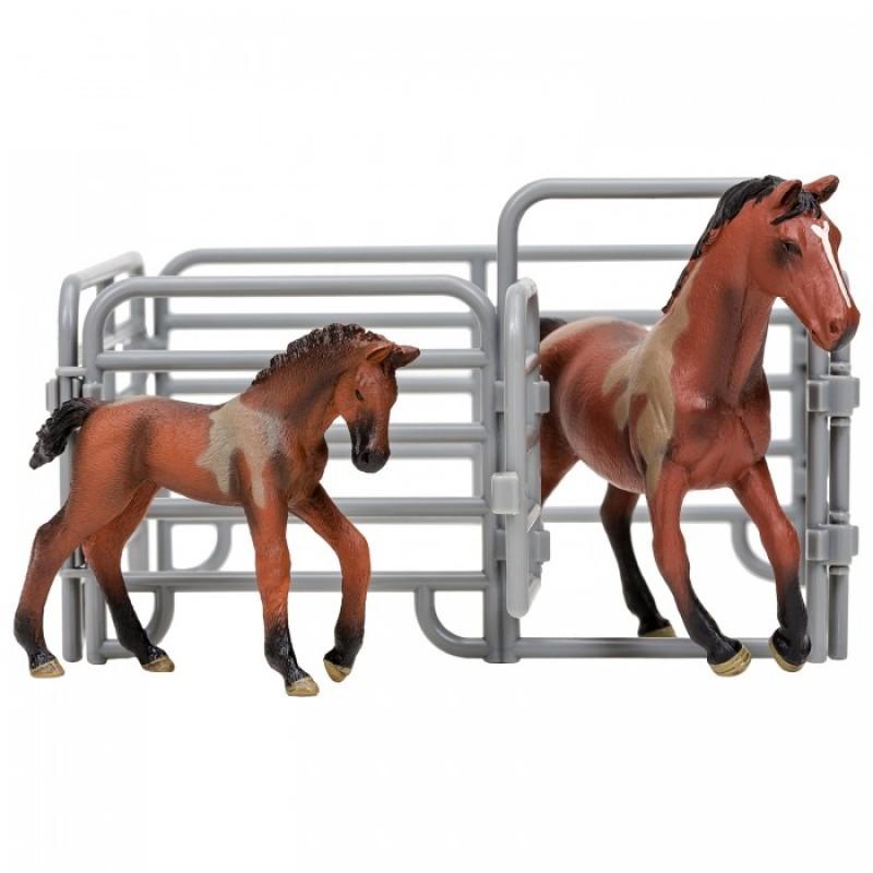 Masai Mara Набор фигурок животных Мир лошадей (Ганноверская лошадь, жеребенок и ограждение-загон)